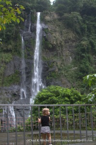 Zoë was quite fascinated with the Wulai Falls